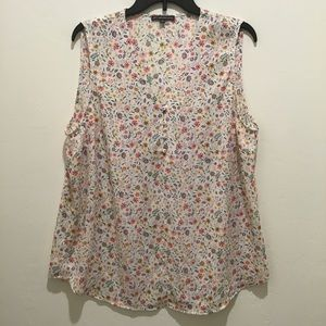 Adrianna Papell floral top, EUC, XL
